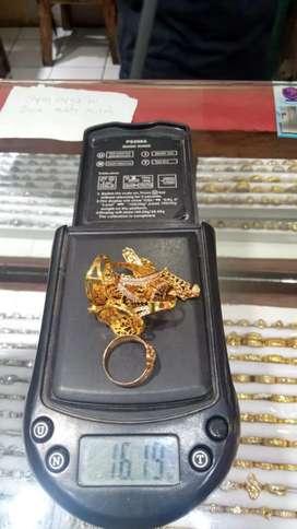 Jual beli emas dengan harga tertinggih.
