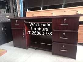 Office table 5 by 2 manufacture wholesale Furniture Dealer shop