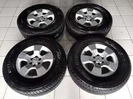 Jual velg OEM Nissan Navara Ring 16 plus ban