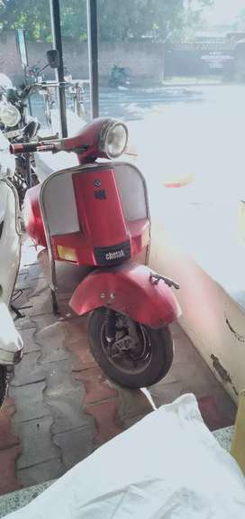Bajaj chetak modified..good looking