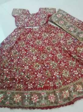 Old lehnga, achi condition m, full stone wark
