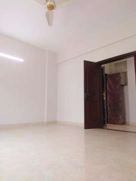 3 Beds 1st Floor Flat for Sale