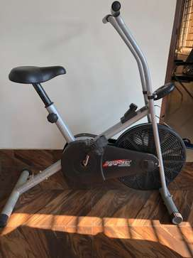 Exercise cycle for home