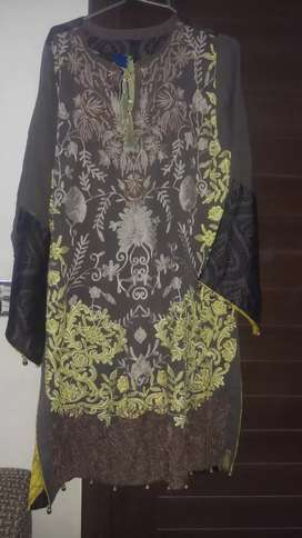 khaddi chiffon embroided dress