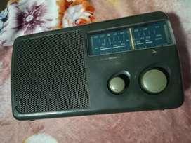 port Table radio