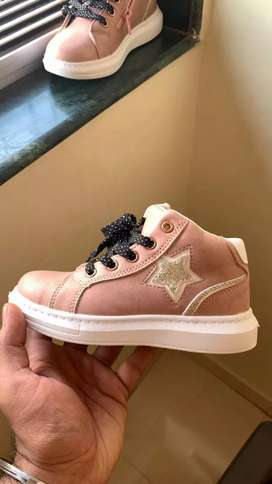 SHOE OF Baby Ggirl