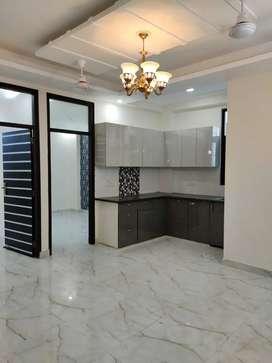 Buy 2BHK Flat Just 32 Lakh in Hans Enclave Near Rajeev Chowk Gurgaon