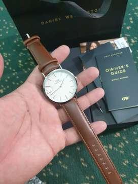 Jam tangan Casual classic Retro DW Daniel Wellington