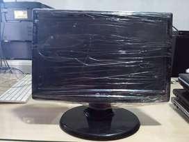 LCD monitor LG Flatron W1643s - PF. Siap pakai