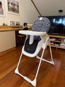 High chair keith haring x coco latte