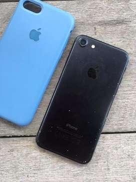 Di jual iphone 7 jet black 256gb