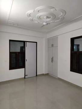 2BHK Corner flat in Dayanand Colony Near Sector-5 Police Station