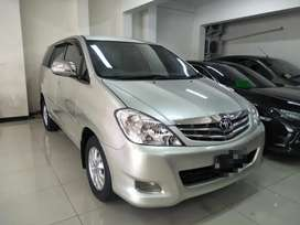 Toyota Kijang Innova 2.5 V Diesel Automatic /at. 2010 super bagus