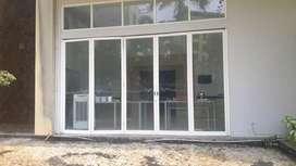 Pintu jendela kusen aluminium dan kaca