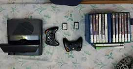 Xbox 360, 250 GB+Kinect, latest variant, mint condition.