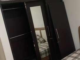 lemari 3 pintu masih kokoh