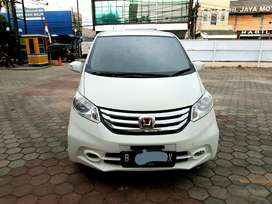 Honda freed psd 2014
