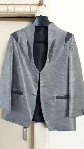 Kids suit, size 9,  6-7 age boy suit