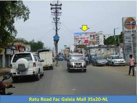 Commercial showroom/retail/office space on road at Ratu Road