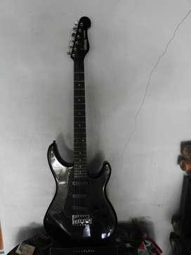 Jual Gitar Yamaha SE303