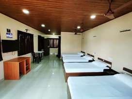 AS RESIDENCY 4  & 3 BED FOR DAILY (40 INCH TV+ FREE WIFI+ AC)