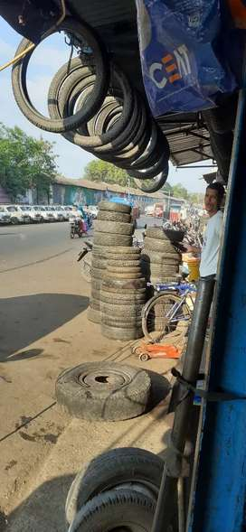 Shop sell at bus stand tyre market infrunt of phutta mill