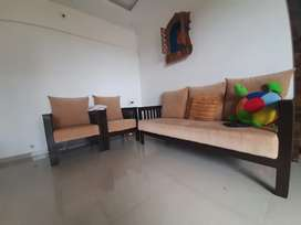 3+1+1 wooden sofa with center table
