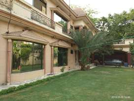3 KANAL COMMERCIAL HOUSE FOR SALE IN MM ALAM RAOD ORIGINAL PICS ATTACH