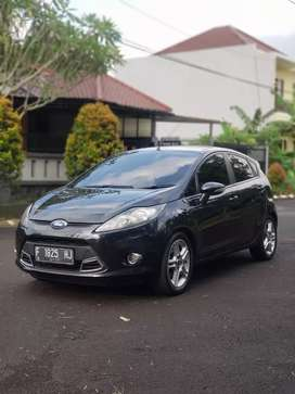 Ford fiesta Tipe Sport 1.6 AT 2011 Pajak panjang