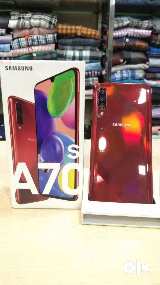 New condition Samsung Galaxy A70s Red 6/128gb With warranty 0