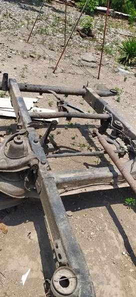 Kerangka mobil bekas