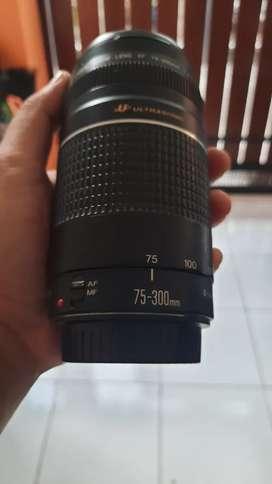 Lensa Canon 75-300mm Ultra Sonic