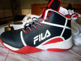 Filla baller high neck basketball shoes new box packed  7number