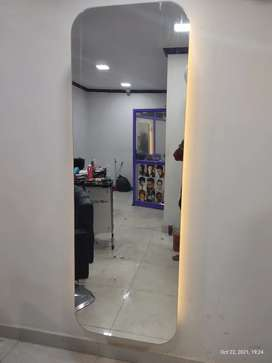 Saloon mirror for sales