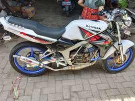 Kawasaki Ninja R Tahun 2013 Plat W