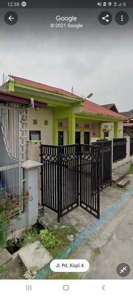 Dijual rumah tinggal + kos kos an