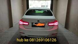 BMW 320i white sport shadow 2016 matic