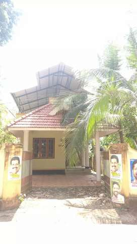 4.75 cent plot with 3BHK house at Changanacherry