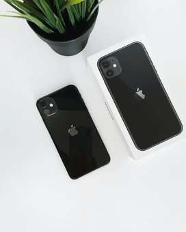 Apple iPhone 11 refurbished with accessories and seller warranty