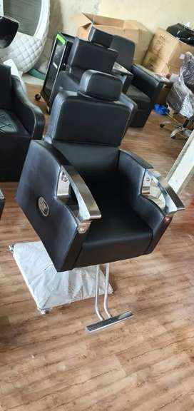 Saloon chair ,hair washer,triple movable bed