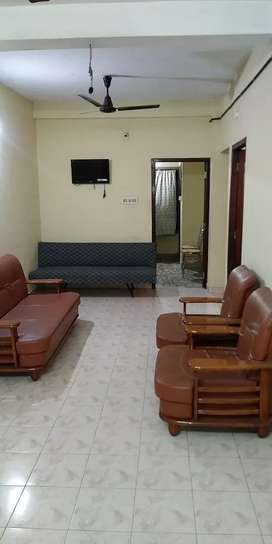 For Monthly Rent-Single Rooms&Apartments At Edappally Near Lulumall.