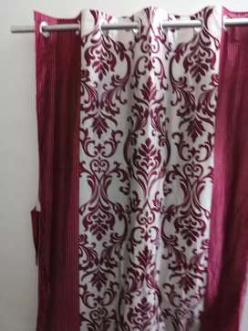 Beautiful curtains parde available new in condition