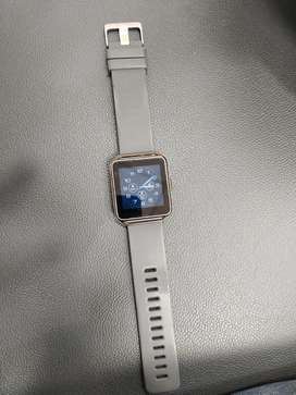 One Timax Smart Watch want to sale super condition box pack