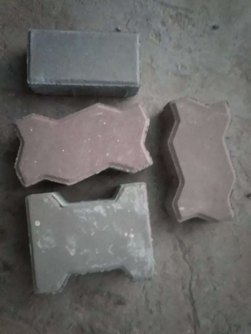 Tuff tiles and crab stone 0