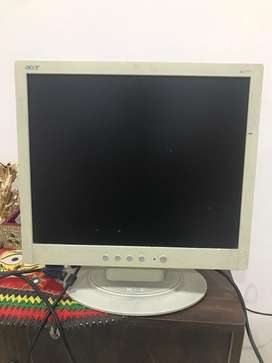 """Acer coloured moniter 15"""""""