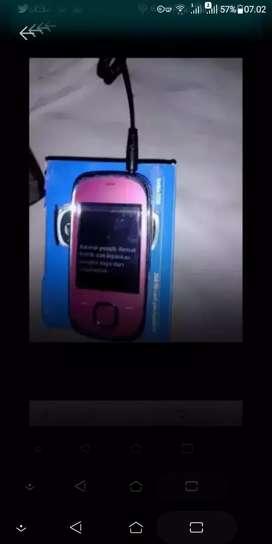 Nokia jadul 7230 slide Camera Bluetooth micro SD Minus dikit