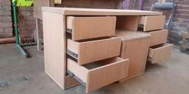 Carpenter available for your office wood related works