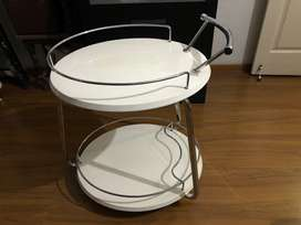 Side Table in excellent condition ready to sell