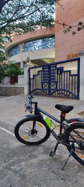 Selling my never used montra bicycle