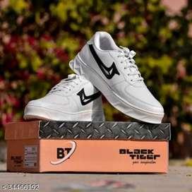 *Modern Trendy Men Sports Shoes*